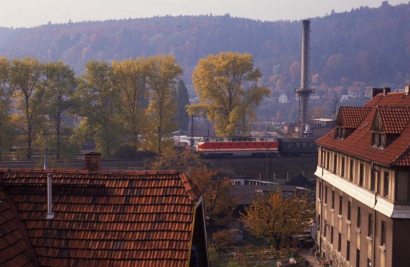 http://www.muehlenroda.de/bahnbilder/film105_bild11_19901022_p7043_meiningen.jpg